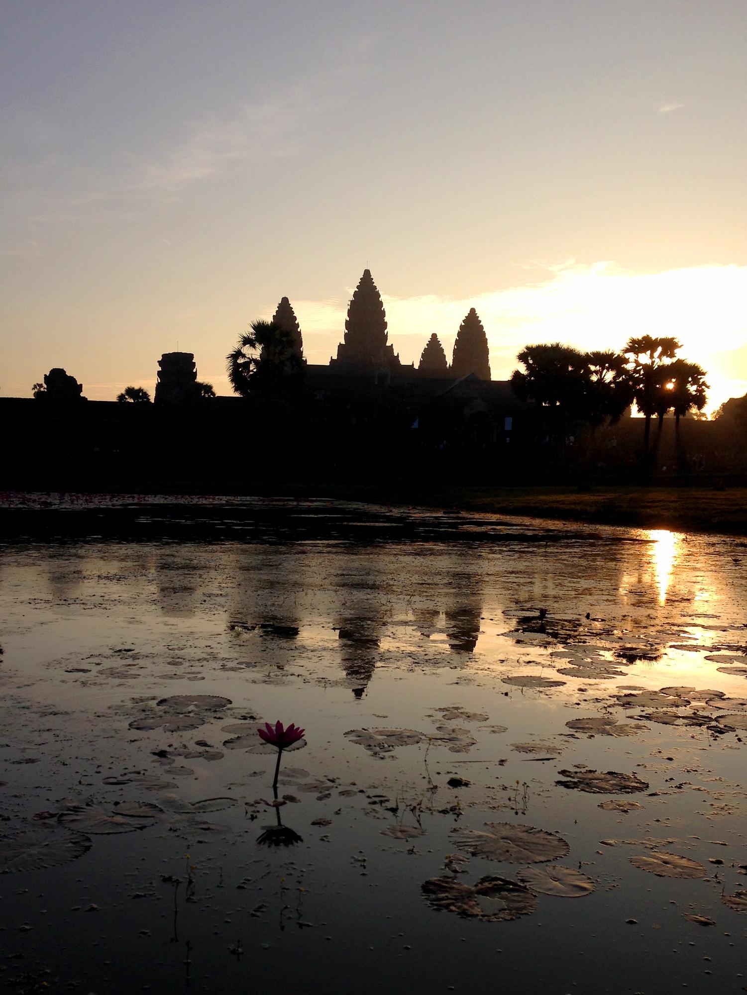 Amanecer en Ankor Wat